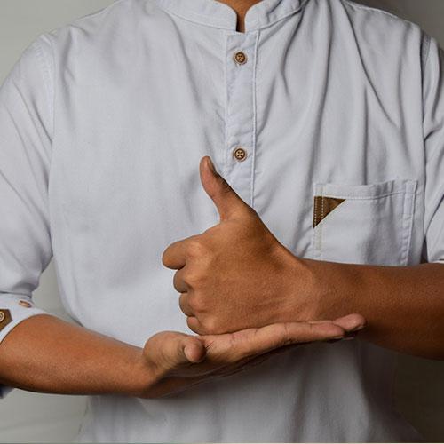 online işaret dili eğiticiliği